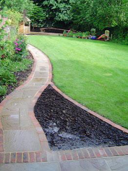 gardengurus_pathways_04