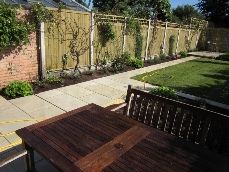jacksons-tongue-groove-with-1ft-trellis-2